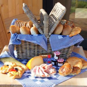 Ljeppershiem-Vakantiepark-in-friesland-ontbijt-services