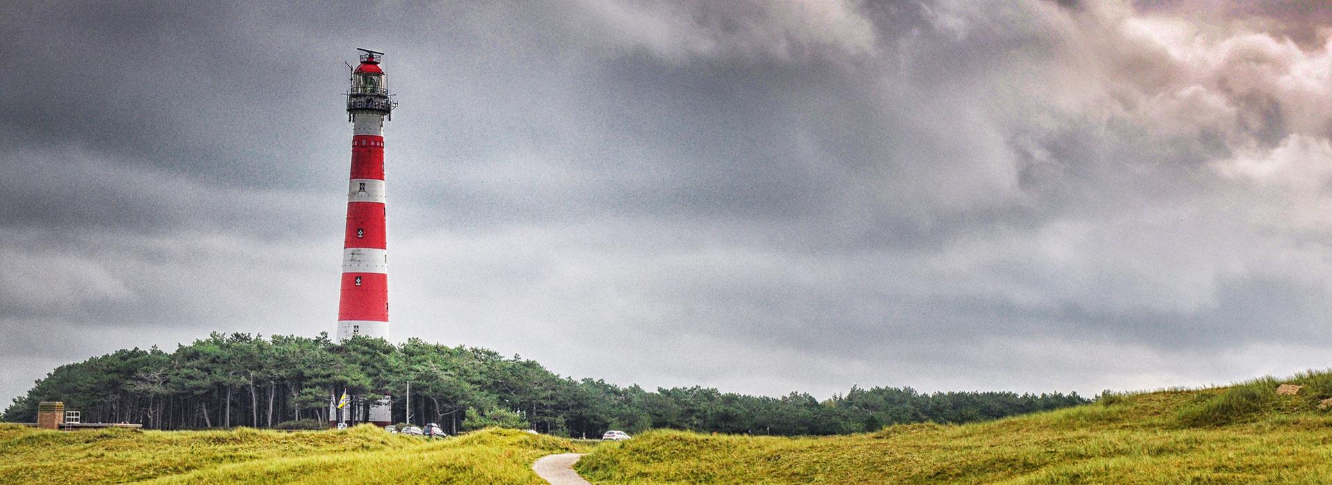 Ameland-bezoeken-vakantie-in-Friesland-Ljeppershiem-vakantiepark-vuurtoren