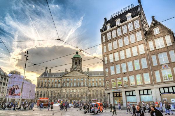 Amsterdam bezoeken-vakantie in Friesland-Ljeppershiem vakantiepark-paleis de Dam
